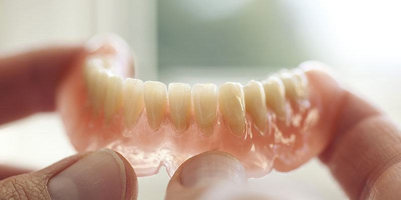 prothese-amovible-dentiers_dentistes-Drummondville